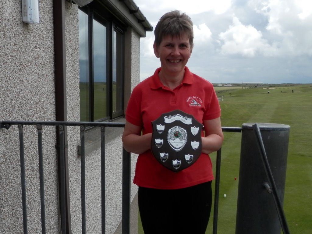 2014 Club Championship Nett Winner Linda Bonner
