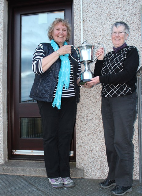 Centenery Cup (Past Captains) Winner 2013 Hilda Smith
