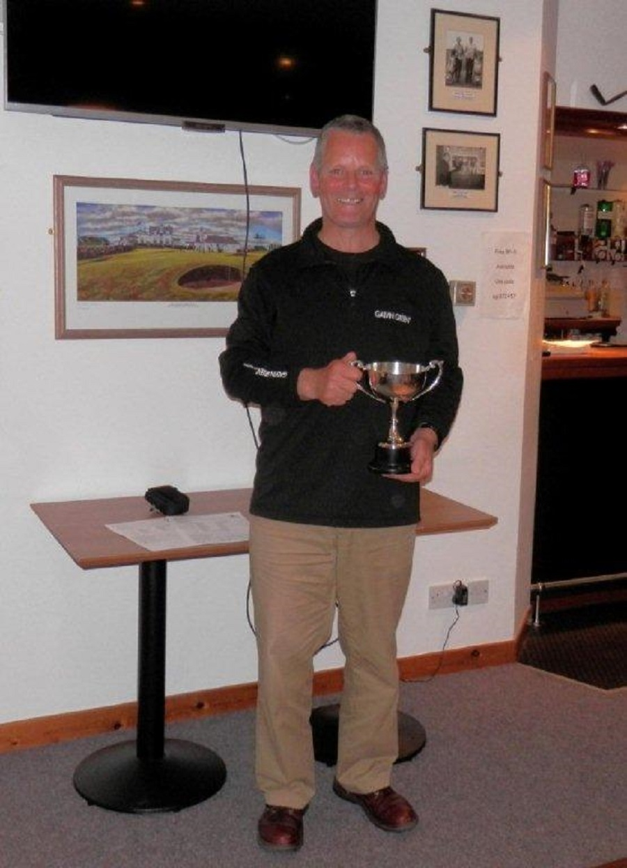John Bews Seniors Trophy winner 2015 - Ewan Donaldson